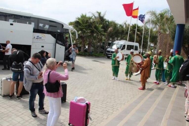 """مهنيون يضعون تصورا للنهوض بالسياحة المغربية بعد """"أزمة كورونا""""."""